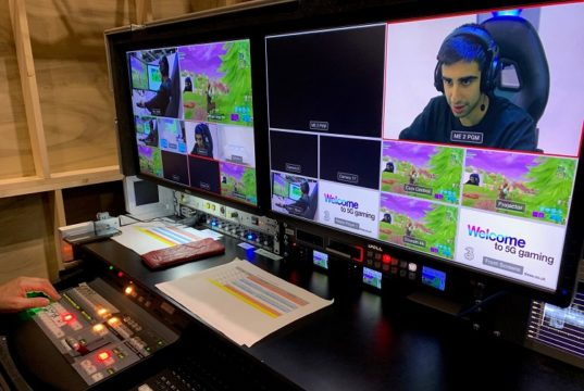 gamer-on-broadcast-screens
