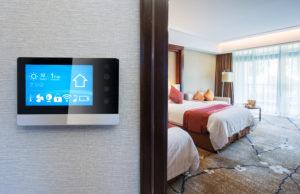 smart-screen-on-wall